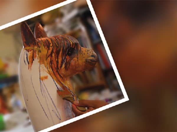 Treinta y ocho años de apoyo al artista  arequipeño y peruano